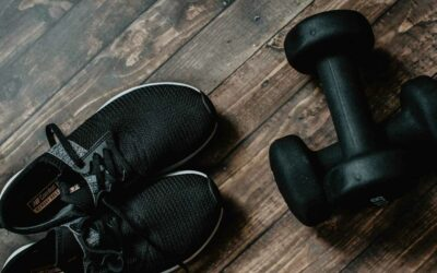 Looking To Train With Dumbbells? Here's A Dumbbell Workout Plan!